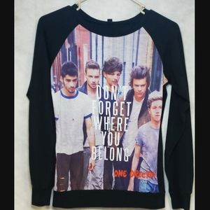 One Direction long sleeve top juniors size…